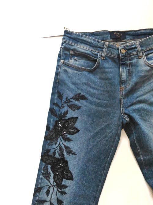 dettaglio jeans ricamo Kaos