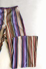 dettaglio pantalone kaos righe