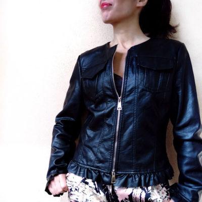 Giacchino donna Kaos ecopelle nero con zip e rouches nei profili