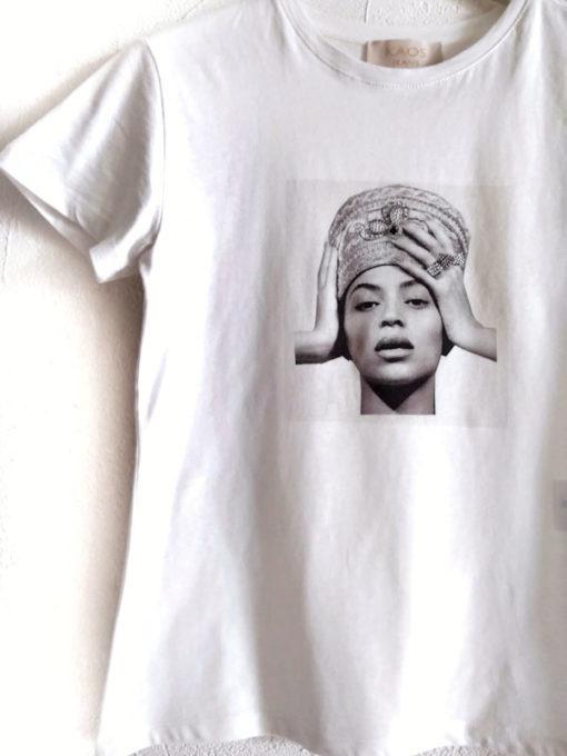T-shirt donna Kaos cotone stampa Beyoncé colore bianco dettaglio girocollo