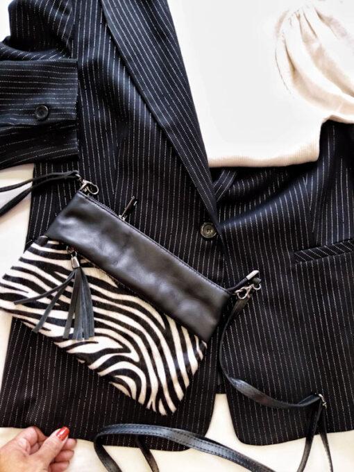 Borsa in pelle con pelo zebrato modello pochette