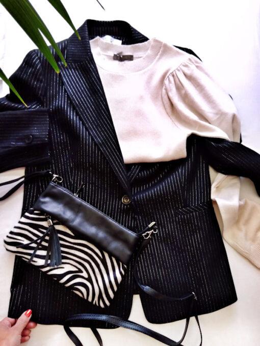 Borsa in pelle con pelo zebrato modello pochette con zip
