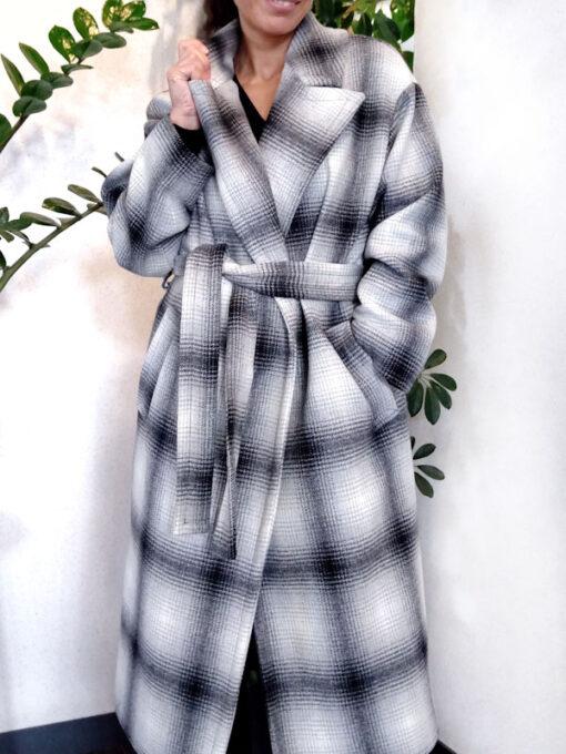 Cappotto donna lana con cintura Kaos stampa bianco nero