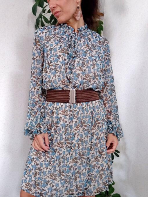 dettaglio abito donna corto collezione Kaos fantasia fiori colore azzurro