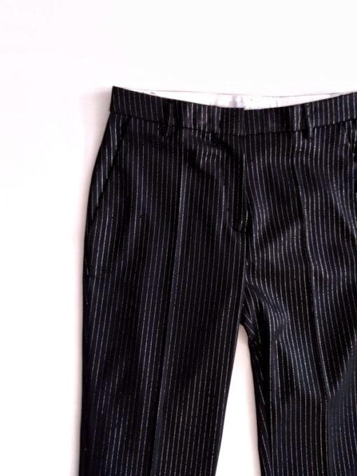 dettaglio pantalone donna nero gessato collezione Kaos a sigaretta