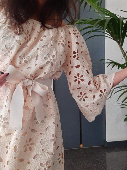 abito donna collezione Kaos in pizzo di cotone avorio dettaglio manica