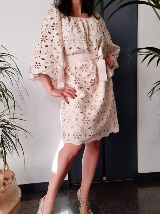 abito donna collezione Kaos in pizzo di cotone avorio manica larga