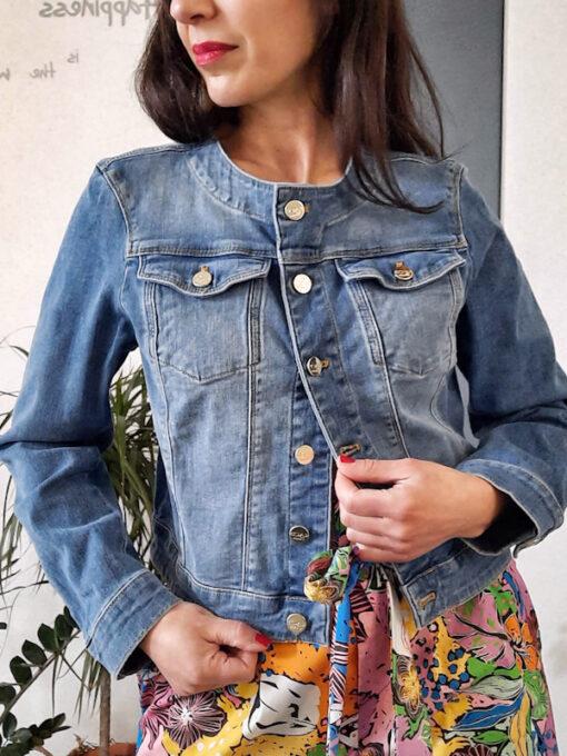giacca donna in jeans collezione Kaos girocollo con bottoni e tasche