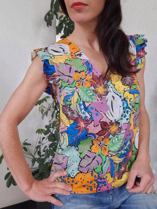 maglia donna Kaos in fantasia con volant su spalle