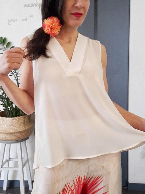 maglia top donna Kaos spalla larga con plissè e scollo a V
