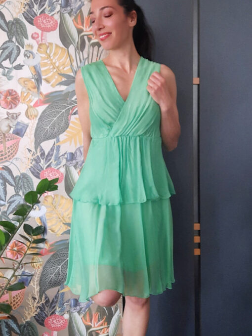 abito donna Kaos in seta a balze e scollo a V colore verde