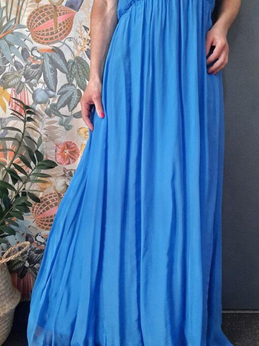 abito donna lungo collezione Kaos in seta spalla larga scesa colore bluette