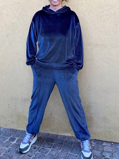 maglia in ciniglia Kaos blu modello felpa con cappuccio lunghezza in vita
