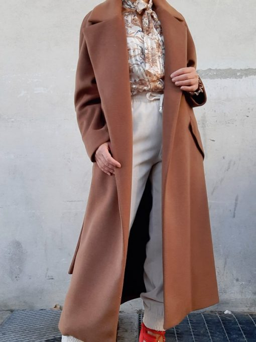cappotto donna Kaos lungo allacciatura in vita con cintura modello vestaglia colore caramello